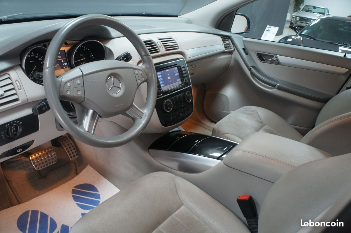 mercedes classe r 320 cdi 7 pl 4matic a dga motors valenciennes marly. Black Bedroom Furniture Sets. Home Design Ideas