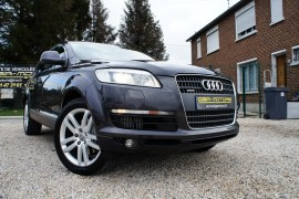 Audi Q7 3.0l v6 tdi 7 places